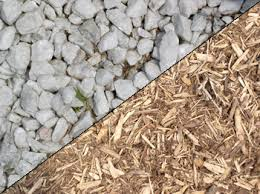 organic and inorganic mulch mulching